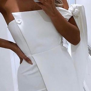 NWT White Jumpsuit With Tie Shoulder & Skinny leg